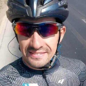 """Christopher Mansilla, l'ultimo messaggio del ciclista cileno morto di Covid a 30 anni: """"Vediamo se mi sveglierò ancora una volta"""""""