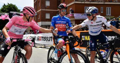 Giro, ottava tappa al francese Victor Lafay, maglia rosa Attila Valter; domenica Castel di Sangro-Campo Felice