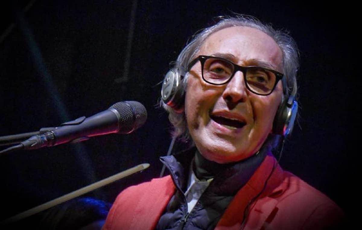 Franco Battiato morto a 76 anni, il cantante e compositore da tempo era malato in casa