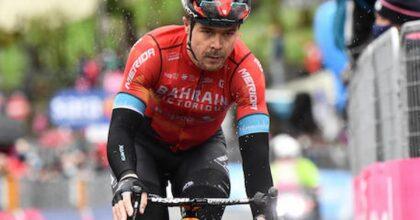 Giro d'Italia, Modena-Cattolica, 177 km, Caleb Ewan (nella foto) australiano, brucia Nizzolo negli ultimi 40 m, De Marchi rosa