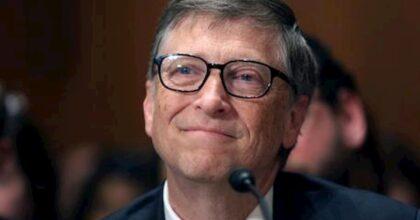 Bill Gates prima del matrimonio, feste con spogliarelliste e t-shirt macchiate di pizza: tutte le stravaganze dell'imprenditore