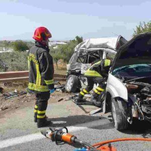 Albenga, incidente sull'Aurelia Bis: scontro frontale, morti Marco Parascosso e Emanuele Albanio