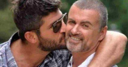 Kenny Goss, ex compagno di George Michael, ha vinto la battaglia legale con la famiglia della star: riceverà un assegno mensile