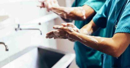 5 maggio, Giornata Mondiale Igiene delle mani: l'Oms e l'importanza di lavarsi le mani