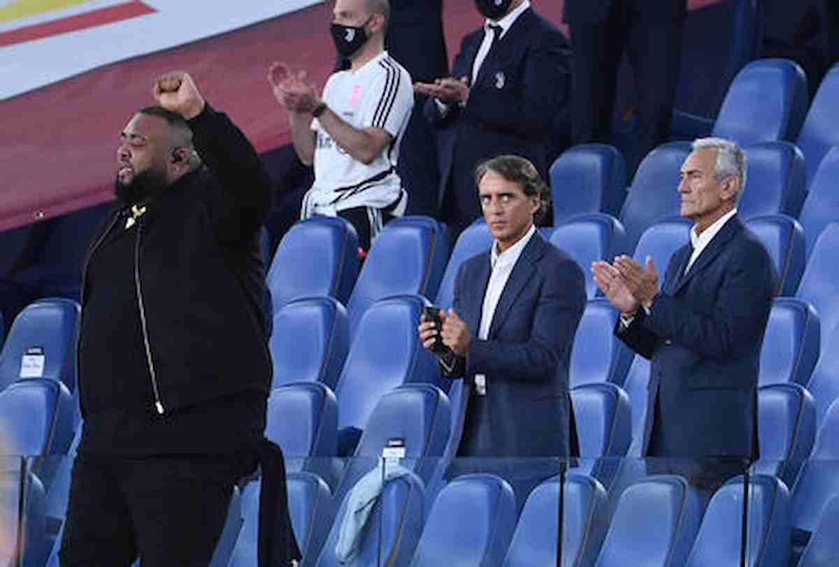 Roberto Mancini, rinnovo di contratto fino al 2026: sarà anche il ct della prossima Coppa del Mondo (Qatar 2022)
