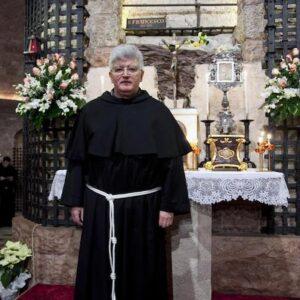 Chiesa di Genova, il nuovo vescovo Marco Tasca proietta l'ombra di Papa Francesco: i due ospedali, ora la Curia