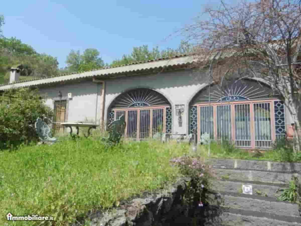 Franco Battiato villa Milo