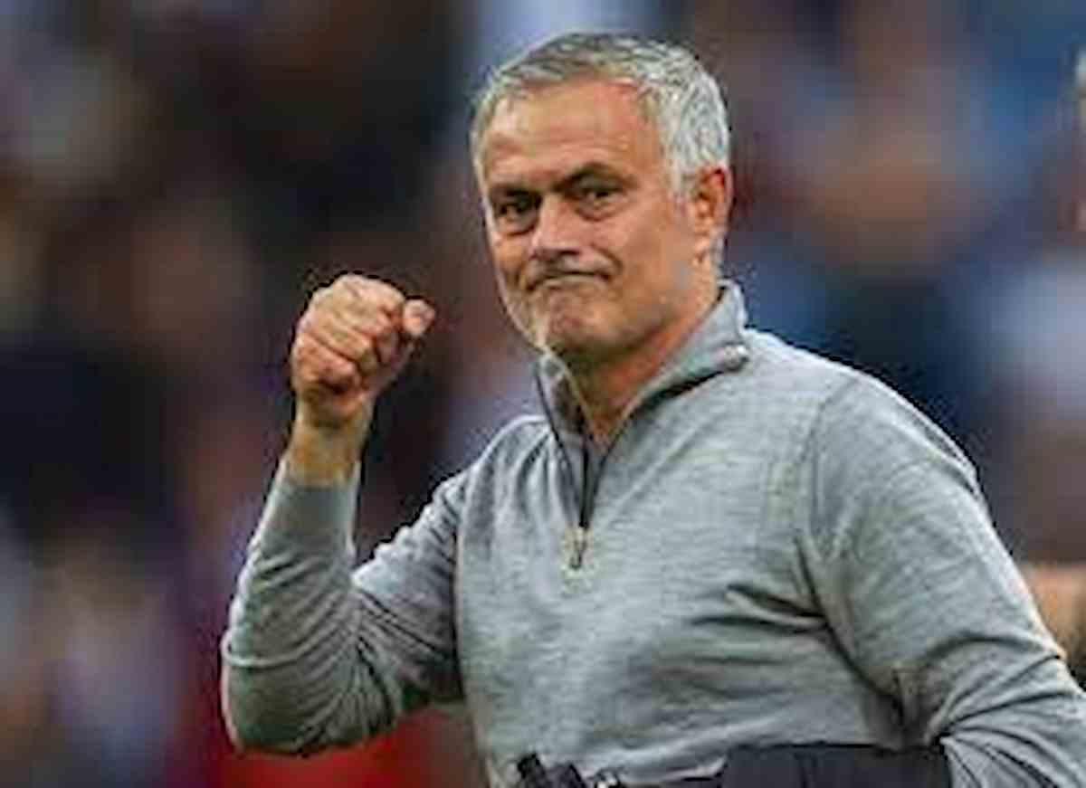 José Mourinho, come giocherà la sua Roma? Modulo tattico, calciomercato, possibili acquisti, Zaniolo, tutto quello che c'è da sapere mou