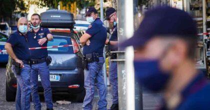 Barra (Napoli): lancia il cane dal balcone, litiga con i vicini e insulta i poliziotti