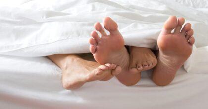 Coppia fa sesso su un prato a Moncalieri, lei viene multata (10mila euro) e lui no: ecco perché