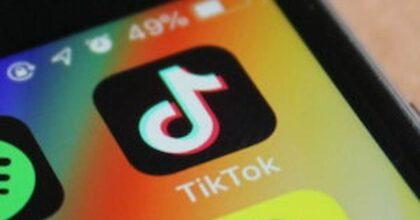 TikTok, Jenny Pearce e il video sugli ipocondriaci che cercano i sintomi delle malattie su Google