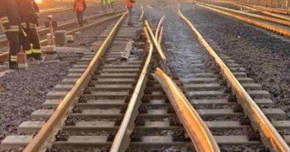 Treno deraglia sulla Cosenza - Paola: nell'incidente ferroviario a Montalto Uffugo ferito un operaio