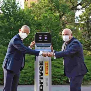 Enel X e Pirelli insieme: ricarica per le auto elettriche presso i gommisti Driver