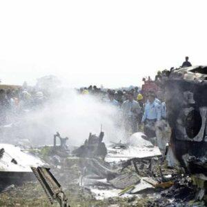 Aereo militare precipita in Birmania a causa del maltempo: a bordo 14 persone
