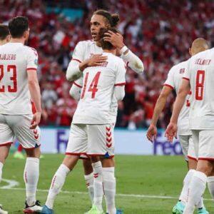 Danimarca, da ultima a seconda in 90 minuti: vittoria 4-1 alla Russia dedicata a Eriksen