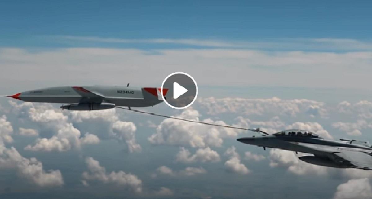 Drone e jet da combattimento