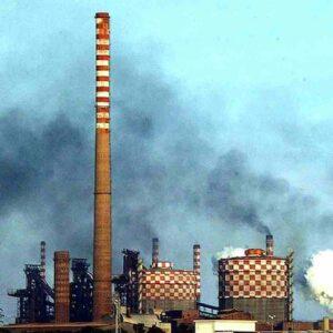 Ex Ilva Taranto, il Consiglio di Stato boccia Tar Lecce e sindaco: l'impianto resta aperto