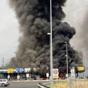 Fiano Romano autocarro in fiamme