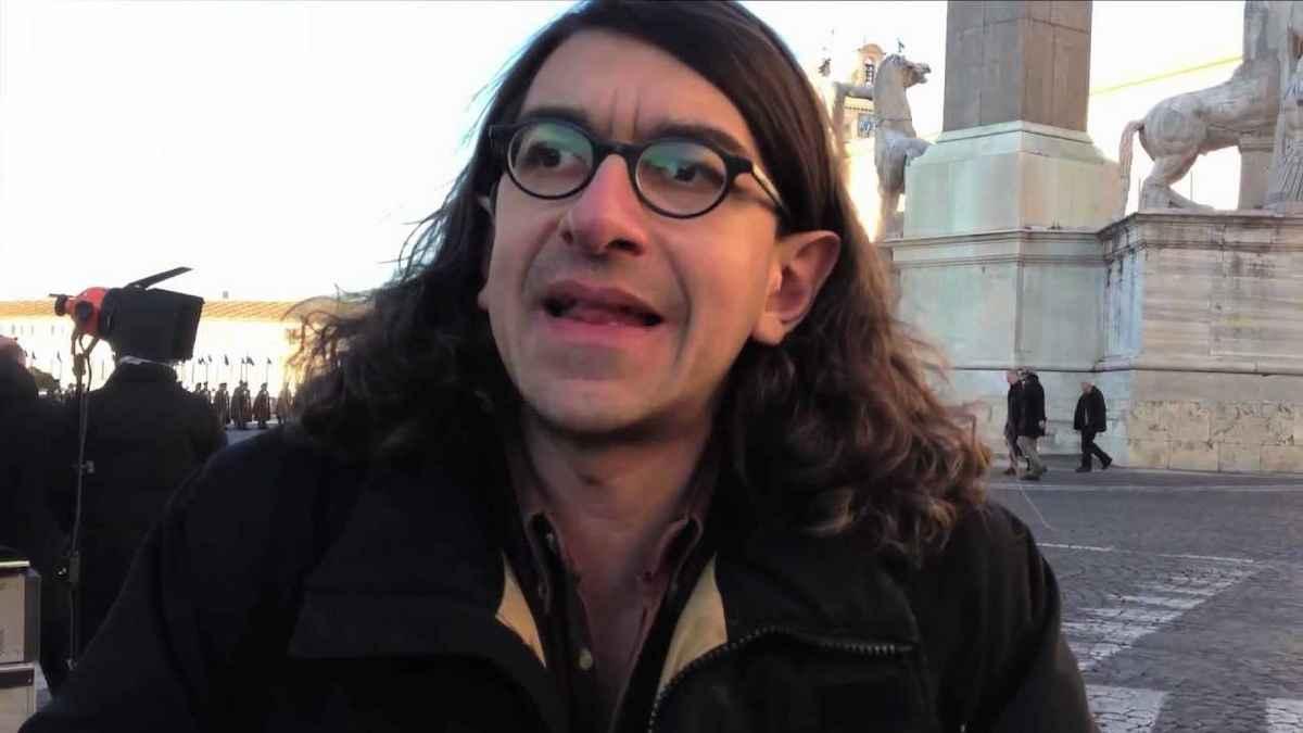 Gabriele Paolini condannato in via definitiva: il disturbatore tv dovrà scontare 8 anni di carcere