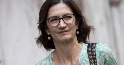 Mariastella Gelmini chi è, età, dove e quando è nata, marito, figli, vita privata, che laurea ha