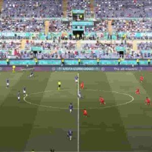 Italia-Galles: 5 giocatori azzurri in ginocchio per il Black Lives Matter, 6 restano in piedi