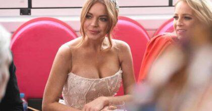 Lindsay Lohan torna sulle scene dopo gli scandali e guai giudiziari. Che fine aveva fatto