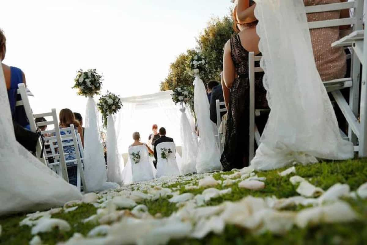 Matrimoni e feste con Covid pass. Chi controlla? Per Polizia impossibile, quindi nessuno