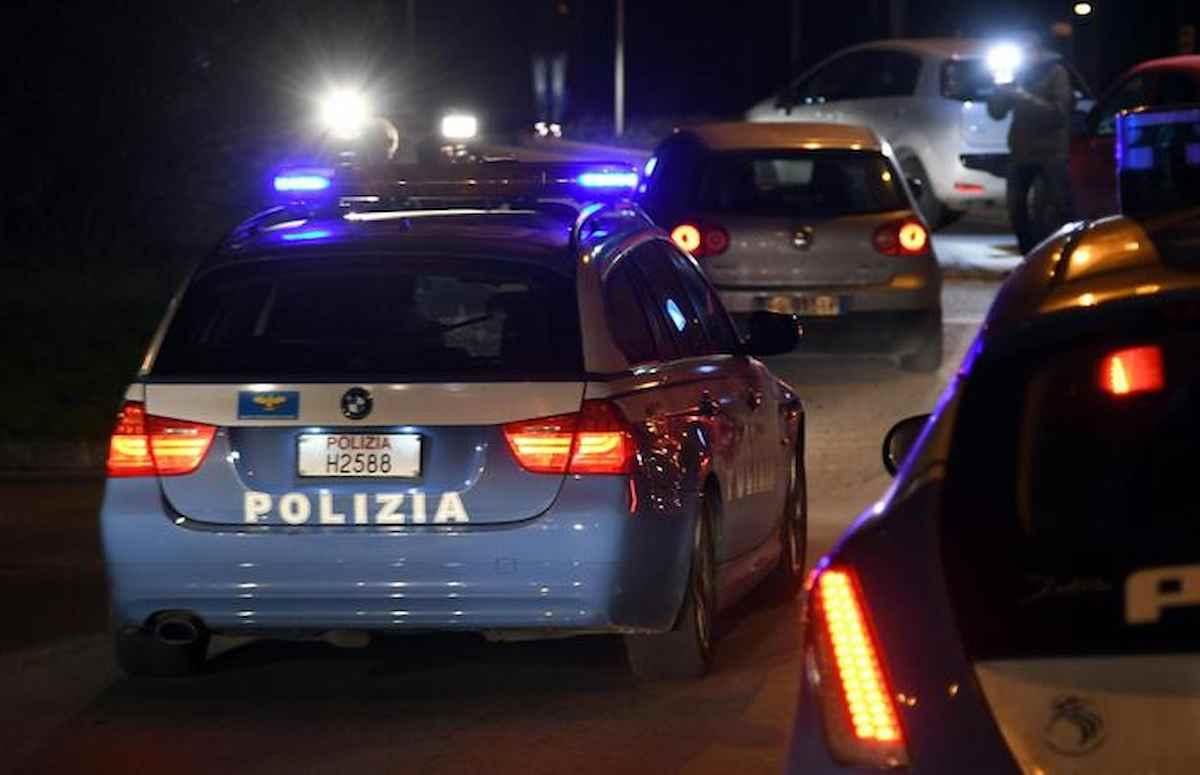 Omicidio a Roma: uomo sgozzato vicino alla metro San Giovanni. Caccia al killer