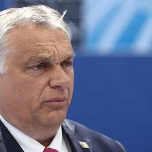 Ungheria ferma Francia