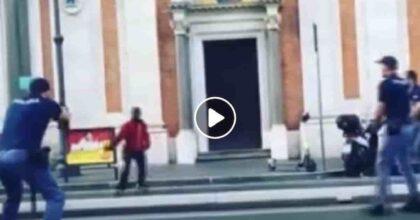 Poliziotto spara al ghanese con il coltello a Roma Termini: indagato per eccesso colposo nell'uso di armi