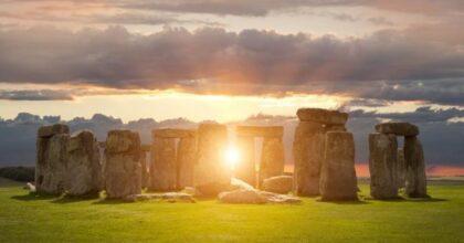 Solstizio d'estate oggi, 21 giugno: il significato, i riti e le leggende legate alla giornata più lunga dell'anno