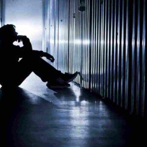 Istigazione al suicidio tramite avvelenamento: oscurato un sito con 17mila iscritti in tutto il mondo