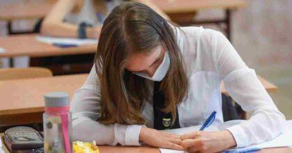 Scuola, rientro in presenza con almeno il 60% degli studenti vaccinati: la richiesta dell'associazione presidi