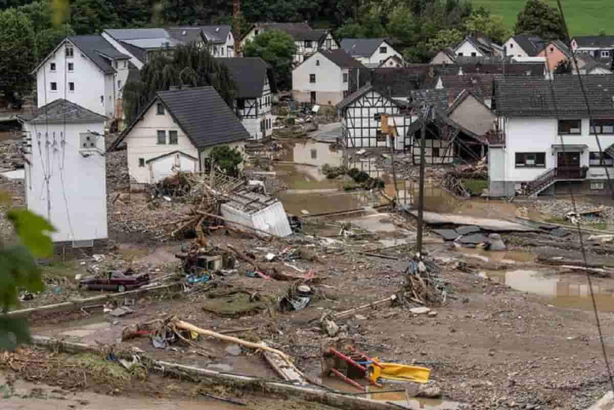 """Alluvione Germania, gli esperti: """"In un mondo più caldo gli eventi estremi possono aumentare"""""""