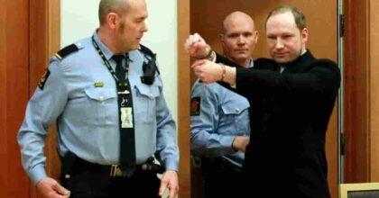 Strage di Utoya il 22 luglio 2011: Anders Breivik dopo 10 anni non si è ancora pentito