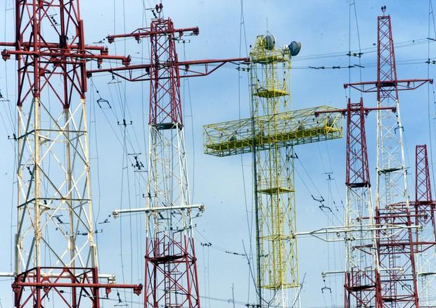 Inquinamento elettromagnetico, da Italia Viva inno indiscriminato all'era digitale, pericolo per la salute