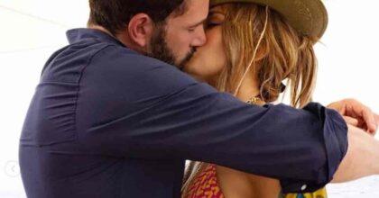 Jennifer Lopez Ben Affleck bacio