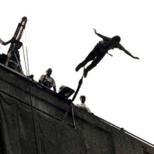 Colombia, fraintende il segnale e si lancia col bungee jumping: 25enne senza corde salta e muore