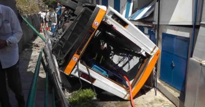 incidente bus capri