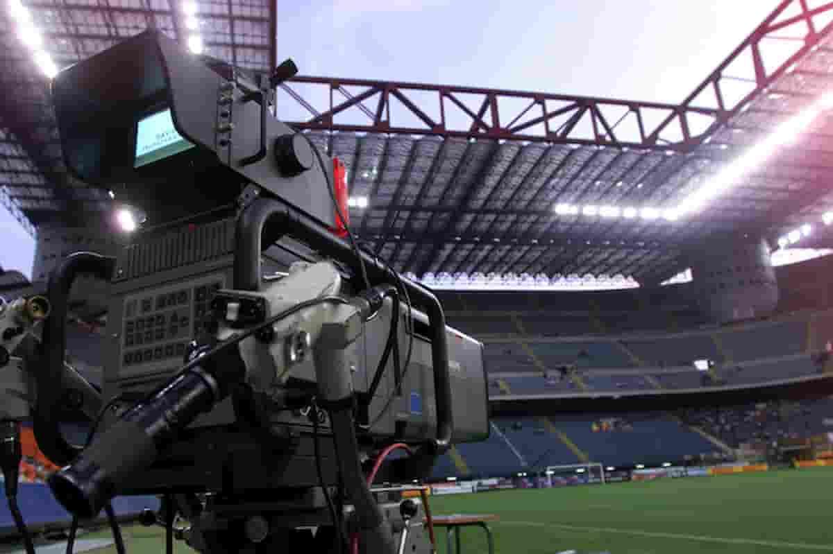 Antitrust contro Tim e Dazn per diritti tv di Serie A: avviata un'istruttoria su clausole accordo