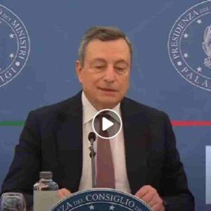 """Draghi e il (non) libero arbitrio sul Green Pass: """"Appello a non vaccinarsi è appello a morire"""". Capito, Salvini?"""