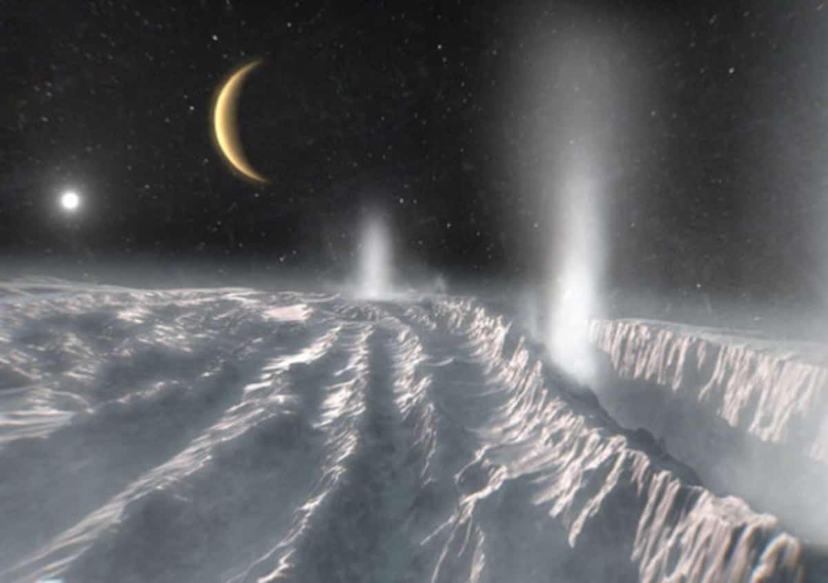 Encelado, su una delle Lune di Saturno metano compatibile con forme di vita