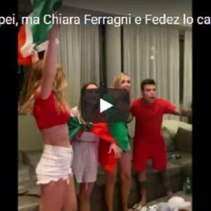 Italia-Inghilterra, gli azzurri vincono ma Chiara Ferragni e Fedez lo capiscono in ritardo. Poi esplode la festa