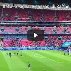 """Italia omaggio a Raffaella Carrà prima e dopo trionfo sulla Spagna, Mancini: """"Ma che musica maestro"""" VIDEO"""