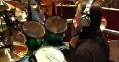 Joey Jordison, è morto l'ex batterista degli Slipknot. Aveva 46 anni. Da tempo soffriva di mielite traversa