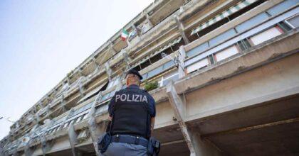 Padova, padre disperato minaccia di buttarsi in un fiume. Poliziotto lo afferra per una mano e lo salva
