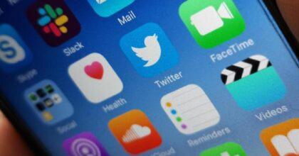 Pegasus, il software con cui i governi spiano i cellulari di giornalisti, attivisti e manager