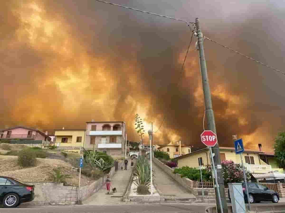 Sardegna incendi: disastro naturale, catastrofe ambientale...Ma la mano umana che ha appiccato il fuoco?