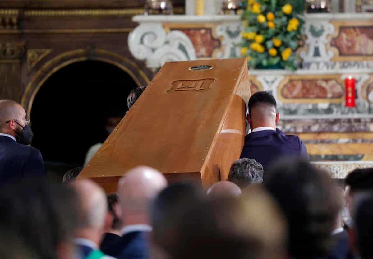 Funerali Raffaella Carrà