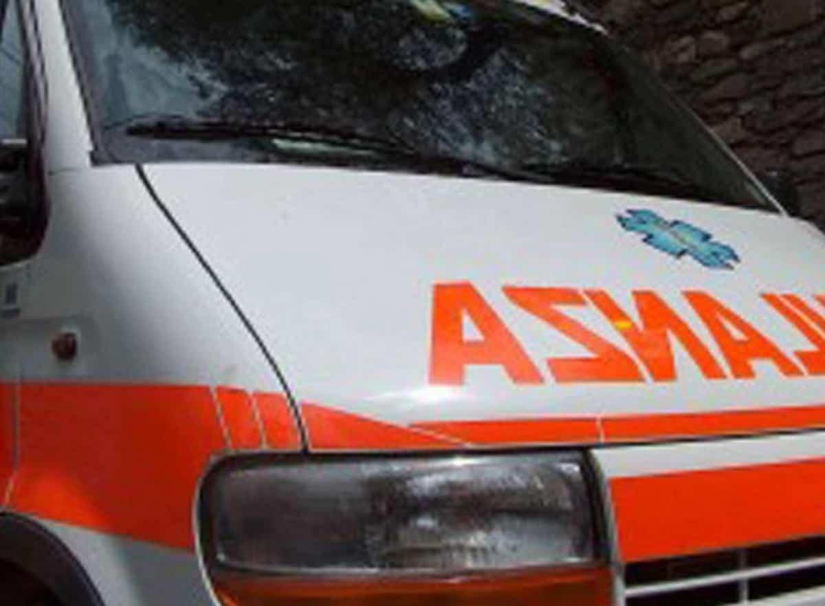 Bovone (Verona), 70enne trovata morta con due coltelli conficcati nella schiena. Interrogato il figlio